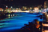 熱海の夜は、「ムーンライトビーチ」を散歩!